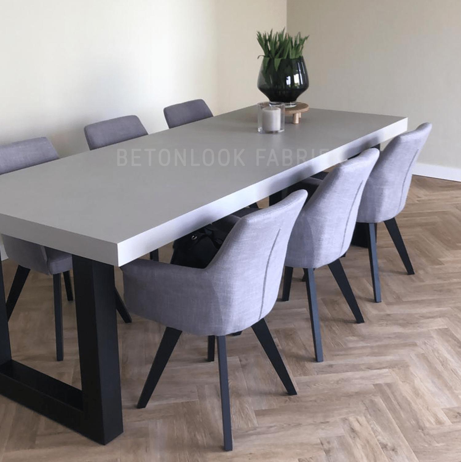 Wat is een beton tafel?